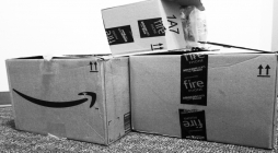 Amazon Takes Major Hit With Flop of the Fire Phone