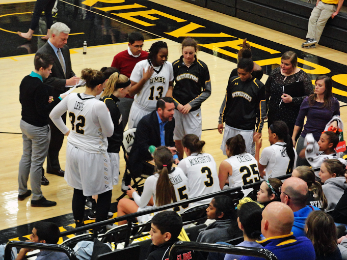 Women's basketball closing in on tournament berth