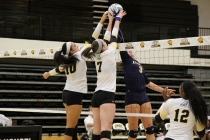 Woman's volleyball trounced in thriller in the RAC