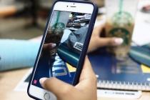 Tech's cynics censor snaps