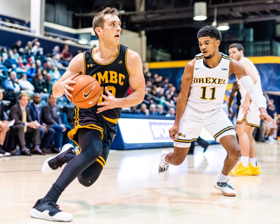 Retrievers stun Catamounts in title rematch