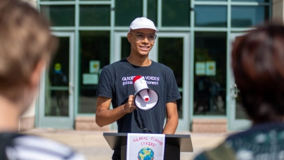 UMBC students advocate for climate change through international Climate Strike