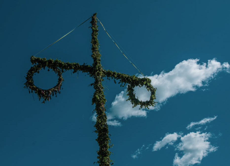 """Review: you might leave before """"Midsommar"""" ends"""