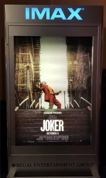 """Review: The new Joaquin Phoenix """"Joker"""" is like no other"""