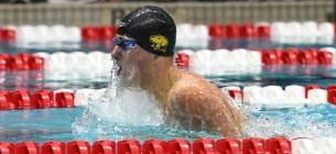 Men's swim and dive nab a threepeat of their own