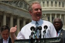 Chris Van Hollen: a voice for college students in the Senate