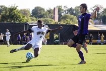 Men's soccer commemorates homecoming with victory over Albany